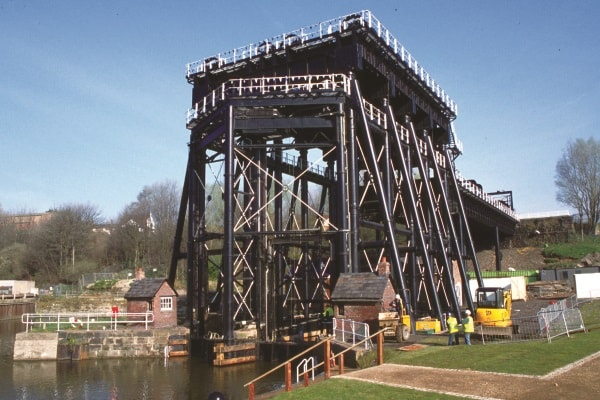 Canals of the North West Escorted Tour 2 nights from £439